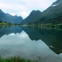 Olde-vatnet, Olden, Noruega